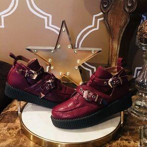 Wild diva platform shoes buckle red wine black 8
